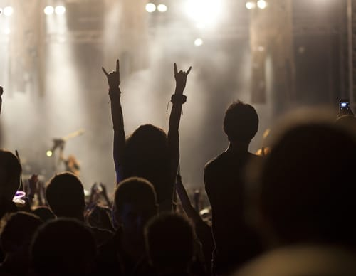 w16-3-Rock Concert
