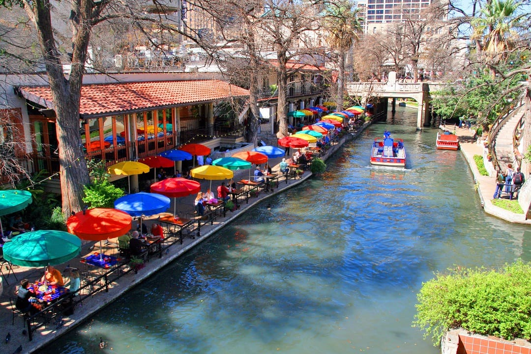 w17-4-San Antonio Riverwalk