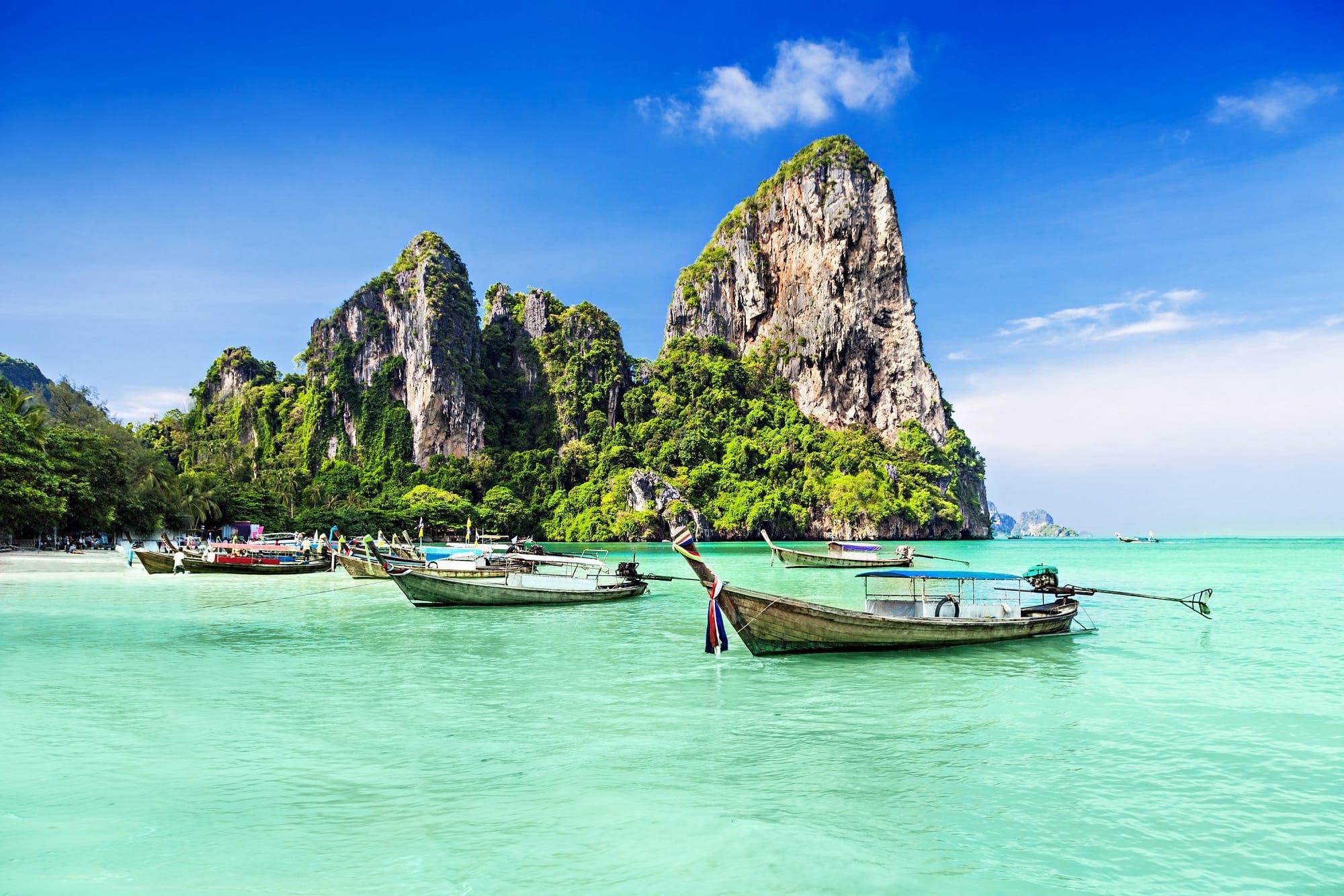 week30_1_Phuket Thailand beach